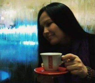 VIATA CU AROMA DE CAFEA